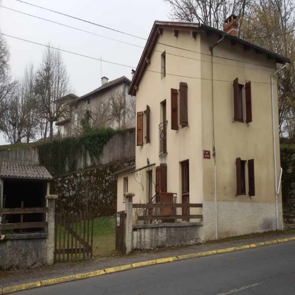 Offres de vente Maison de village Cayrols 15290