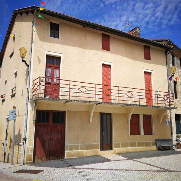 Offres de vente Appartement Saint-Santin-de-Maurs 15600
