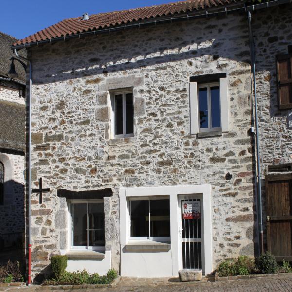 Offres de vente Maison de village Leynhac 15600