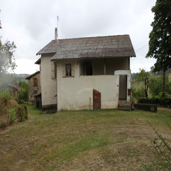 Offres de vente Ferme Saint-Santin-de-Maurs 15600