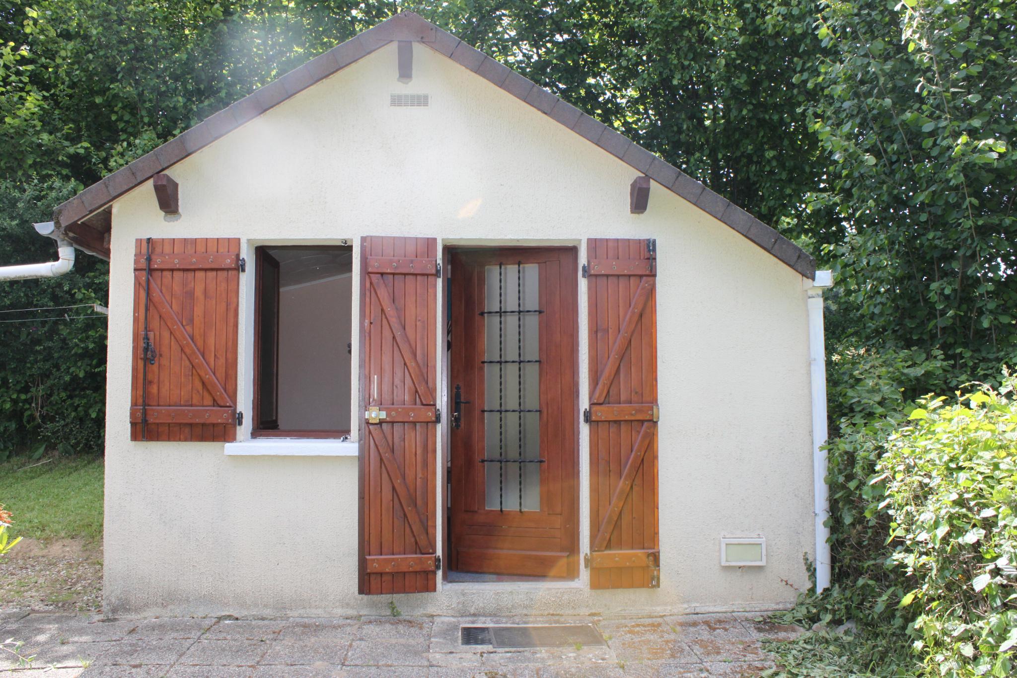 Vente Maison Et Petite Annexe Sur Terrain 890m2